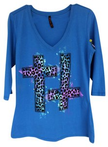 Hybrid Apparel Crosses Cheetah Spots Leopard Hipster Fall Gradient Large New V-neck Cross T Shirt blue, purple