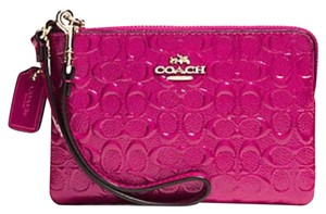 Coach Pink Patent Leather Signature Card Case Wristlet in Cranberry Pink