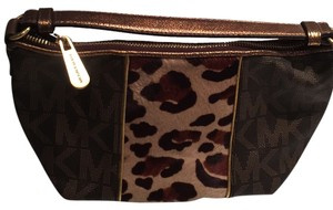 Michael Kors Clutch Animal Print Baguette