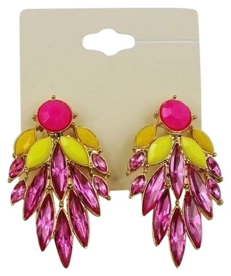 Other vintage-style pierced earrings