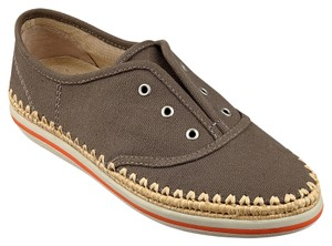 Boutique 9 Sneakers Slip On Canvas Taupe Athletic
