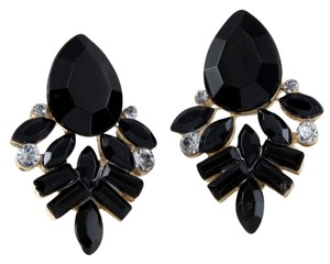 vintage-style pierced earrings