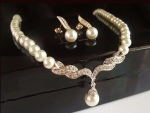 Rose Gold Faux Pearl/Gold Necklace and Earrings Jewelry Set