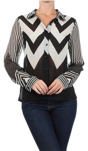 MOA USA White Chevron Top Black