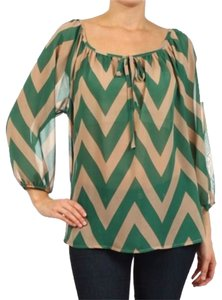 MOA USA Tan Chevron Zigzag Top Green