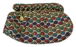 Multi-Color Clutch