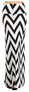 MOA USA Chevron Zigzag Maxi Skirt Black White