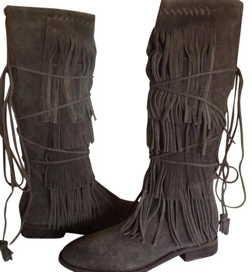 Preload https://img-static.tradesy.com/item/14094739/free-people-gray-songbird-bootsbooties-size-us-9-regular-m-b-0-1-540-540.jpg