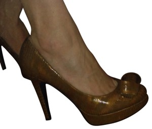 Dollhouse Gold Pumps