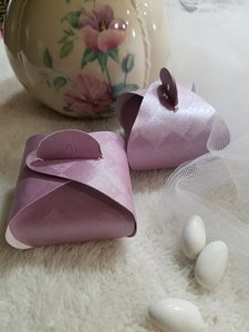Set Of 175 Pearl Orchid Tulip Favor Boxes