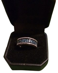 925 Sterling Silver Band with Blue and White Diamonds