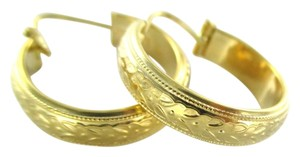 18KT KARAT SOLID YELLOW GOLD EARRINGS HOOP FINE JEWELRY FLORAL LEAVES ENGRAVED