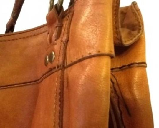 Preload https://item4.tradesy.com/images/lucky-brand-brown-leather-hobo-bag-141048-0-0.jpg?width=440&height=440