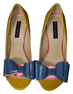Mojo Moxy Yellow/blue/pink Pumps