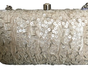 Inge Christopher Pearl Clutch