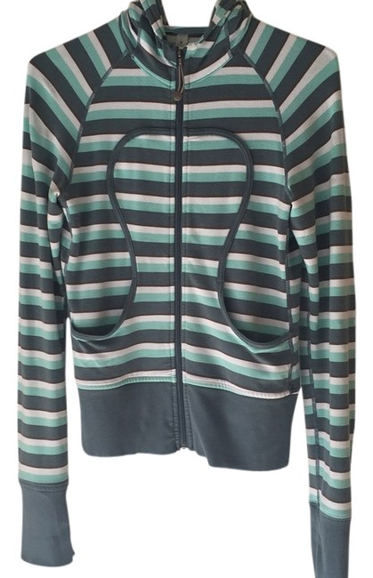 Item - Green and White Activewear Top Size 4 (S, 27)
