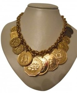 Other Gold tone coin necklace