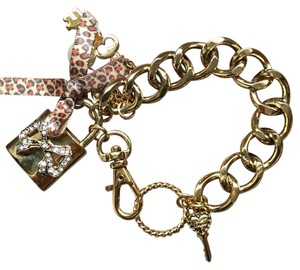 Betsey Johnson BETSEY JOHNSON GOLD CHARM BRACELET