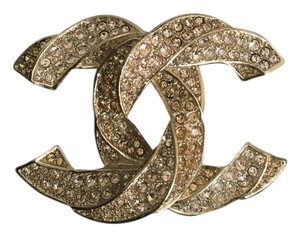 Chanel CHANEL LARGE CRYSTAL CC BROOCH IN GOLD TONE