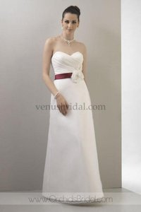 Venus Bridal Vn6694 Wedding Dress