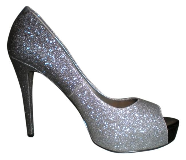 Item - Silver Everly Pumps Size US 9 Regular (M, B)