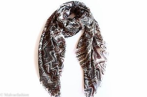 Collection Eighteen Collection Xiix Zig Zag Scarf Maple Sugar