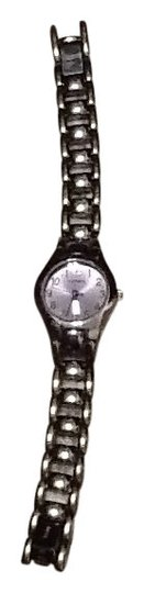 Preload https://img-static.tradesy.com/item/141157/fossil-purple-with-light-face-watch-0-0-540-540.jpg