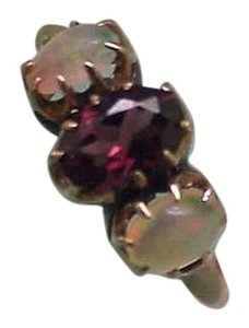 Other Victorian 10K Gold Genuine Garnet & Opal Ring, late 1800s