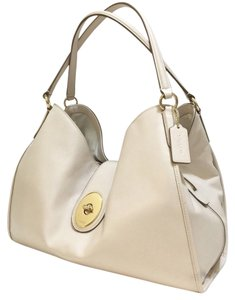 Coach New Summer Pockets Large Shoulder Bag