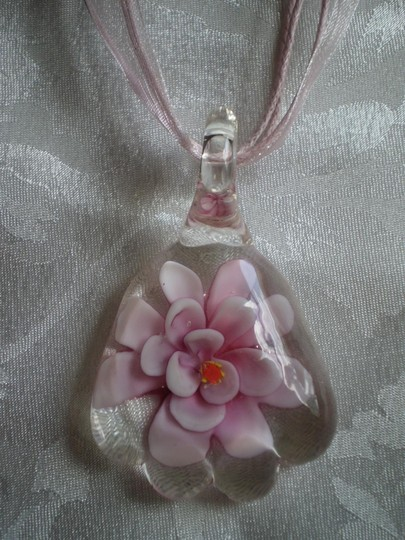 Other New Pink lampwork flower necklace