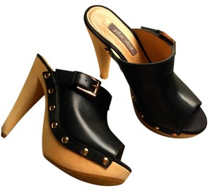 Pilar Abril Black Mules