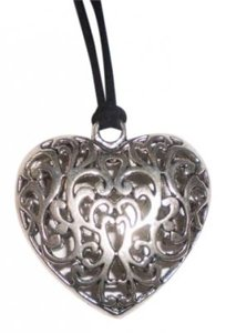 Other Silver Puffy scroll heart necklace