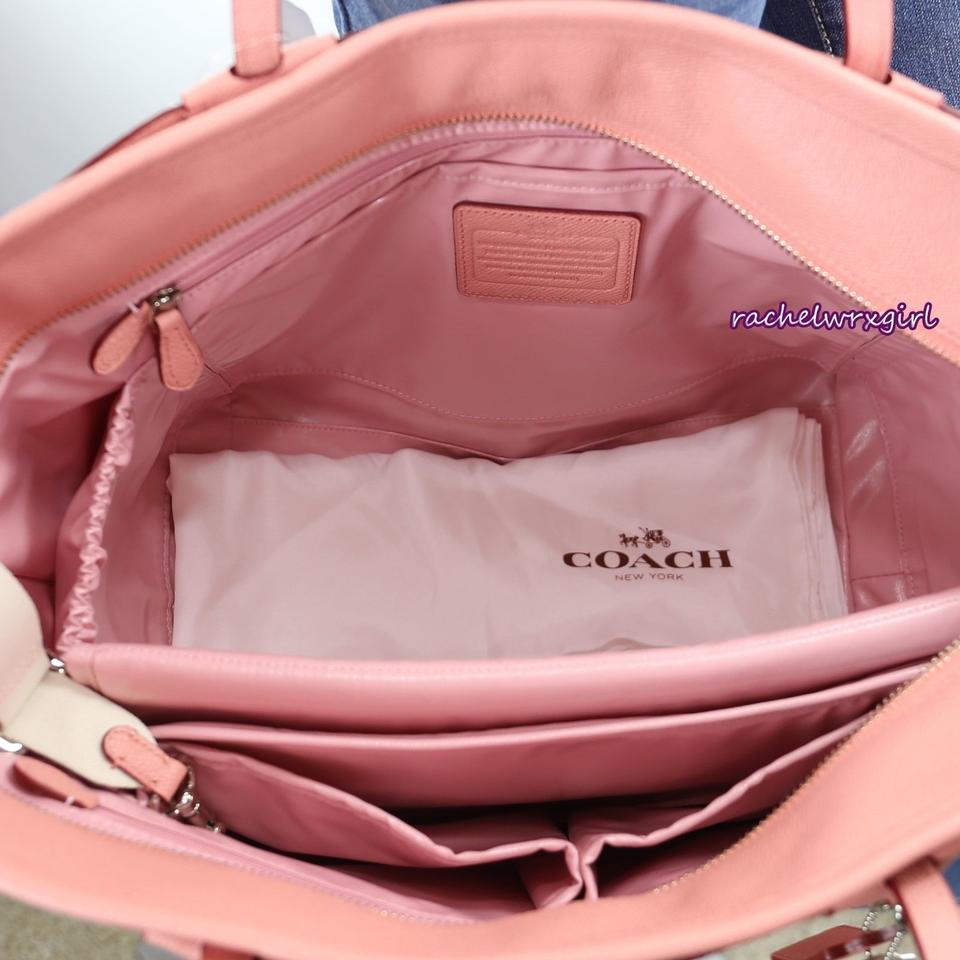 Coach Tote W Taxi 34522 Baby Diaper Changing Pad Petal Pink Shoulder Bag 53 Off Retail