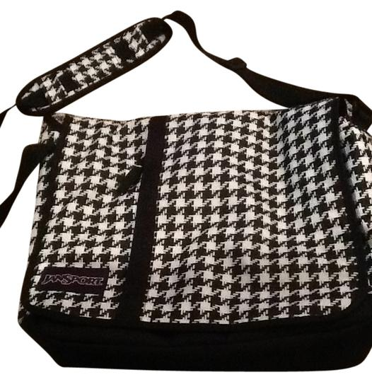 Preload https://item1.tradesy.com/images/jansport-houndstooth-cross-body-black-and-white-messenger-bag-141195-0-0.jpg?width=440&height=440