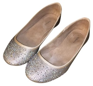 Style & Co Gold with trim Flats