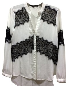 Love Stitch Top white with black lace