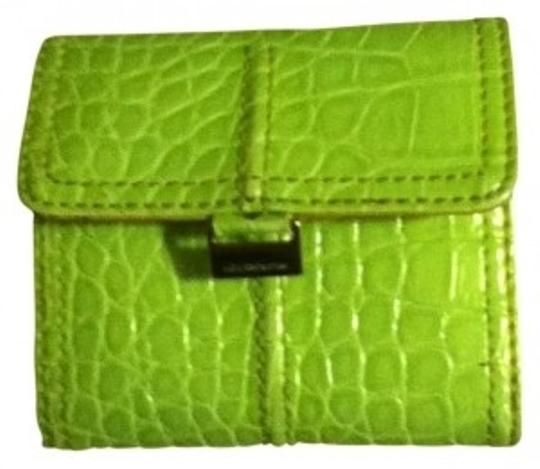 Liz Claiborne Liz Claiborne Green Multiple Pocket Wallet