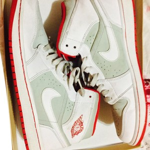 Nike White red and grey Athletic
