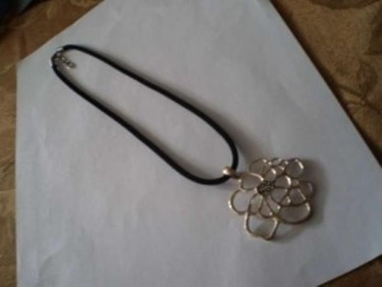 Other Silver flower necklace