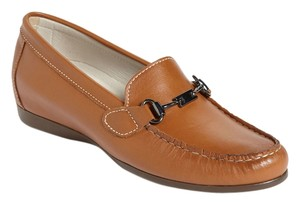 Munro American Loafer Kimi Luggage Tan Leather Flats