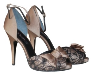 Nina Shoes Stiletto Lace Satin champagne and black Formal