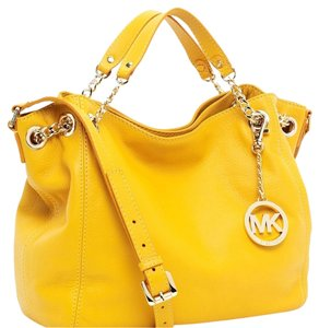 MICHAEL Michael Kors Mk Satchel in Maragold Yellow