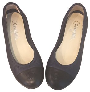 Chanel Black and Navy Flats