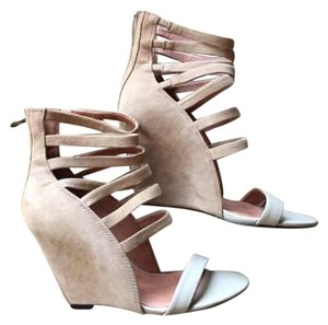 LF nude Wedges