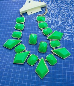 0 Degrees Green Gold Faceted Stone Necklace/Earring Set!