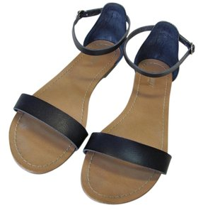 Old Navy New Size 9.00 M Excellent Condition Dark Navy, Sandals