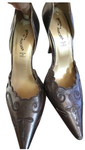 Donna Di Toscana Brown Pumps