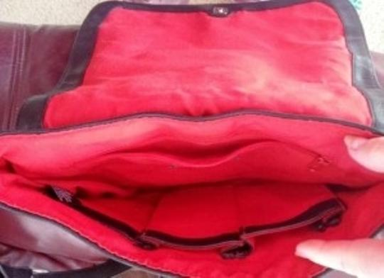 Liz Claiborne W/Red Built In Organizing Pockets Card Slots Etc... Adjustable Strap Like New Cross Body Bag