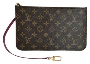 Louis Vuitton TOTEM Collection. BRAND NEW Monogram. MADE IN SPAIN MM GM Wrislet. ships same day. #0001