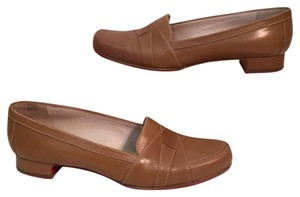 Christian Louboutin 38.5 8.5 Loafers Camel Flats